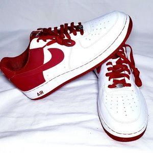 *NWOT* Mens Nike Air Force 1 Size 14